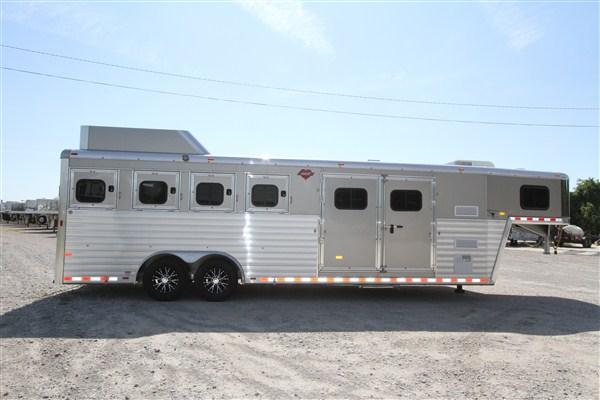 2019 Hart Tradition 4H 8' SW Smart Tack w/ Jackpot LQ
