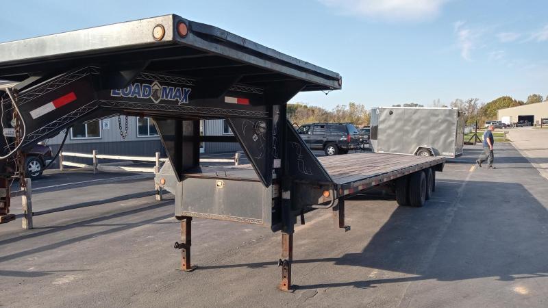 2017 Load Trail 30' Gn Deck