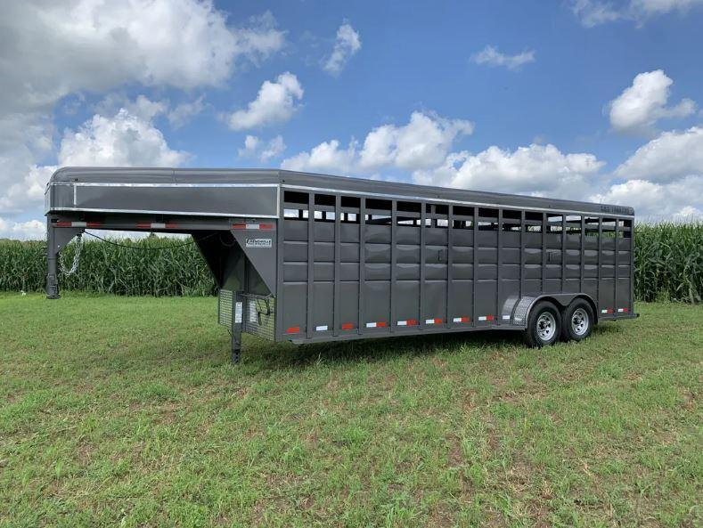 2021 S&S Manufacturing 20' Gooseneck Livestock Trailer