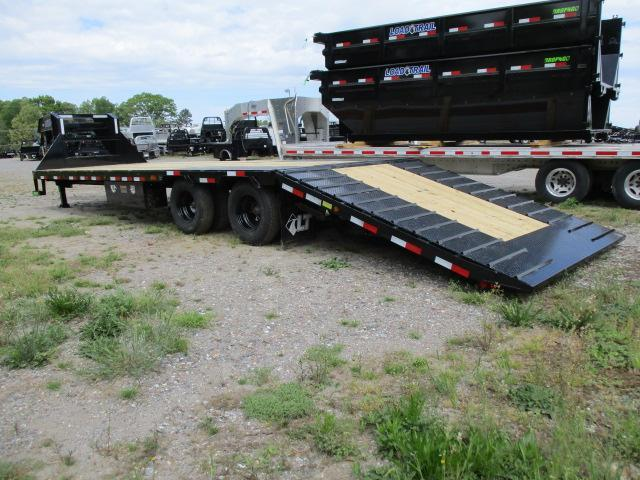 2021 Load Trail 32' Hyd Dove Equipment Trailer