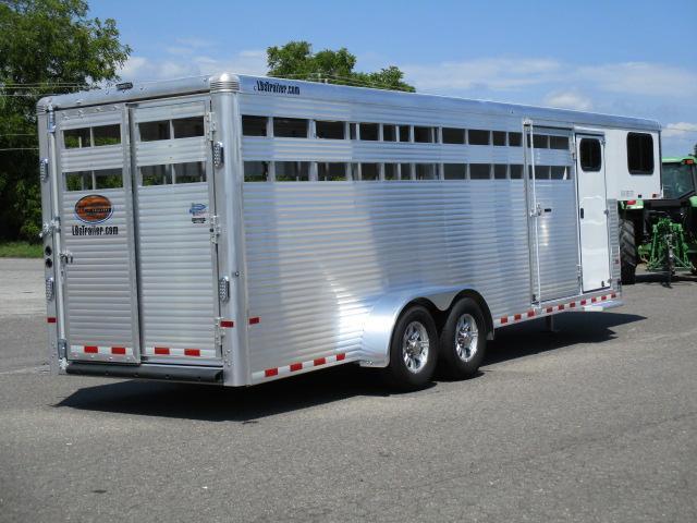 2020 Sundowner 24' Rancher TR Livestock Trailer