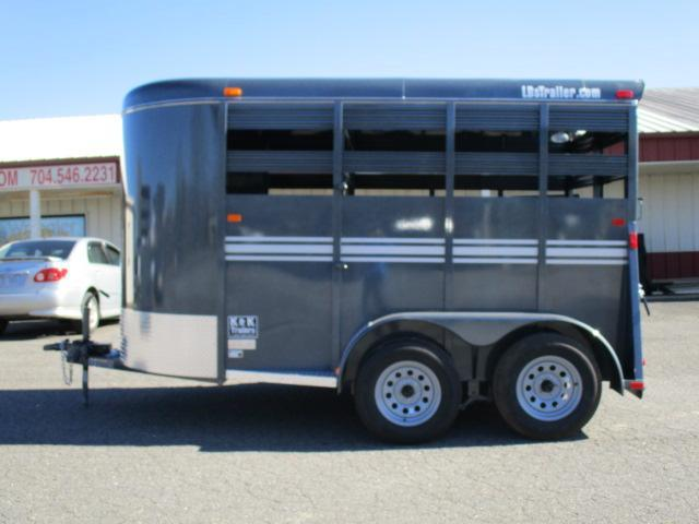 2020 Bee Trailers 12' Stock Livestock Trailer