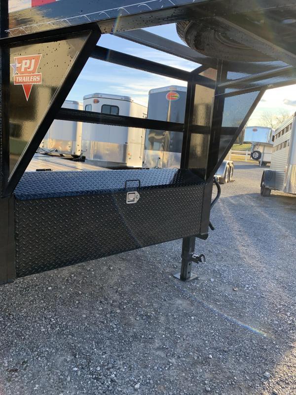 2021 PJ Trailers 25 ft Low-Pro Gooseneck Flat Deck Equipment Trailer