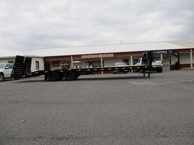 "2020 Load Trail 102"" x 32' Low Pro Equipment Trailer"