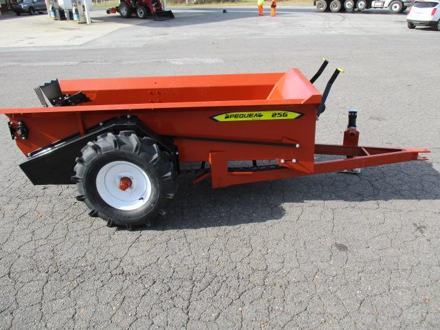 2020 Pequea 25G Manure Spreader Farm / Ranch