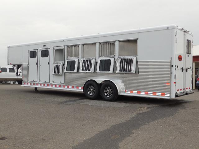 2015 Sundowner Trailers 5H Rancher Horse Trailer