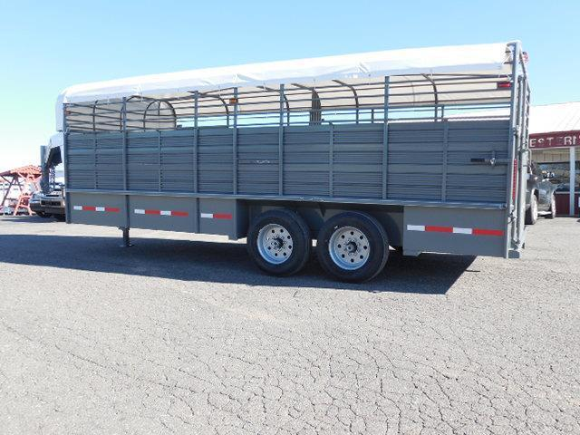 2016 Rollin-S GN 20ft Pipe Top Livestock Trailer