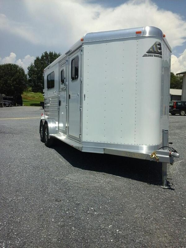 2020 Elite Trailers 2H STL BP Horse Trailer