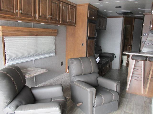 2019 Sundowner 3986 Open Toy Hauler