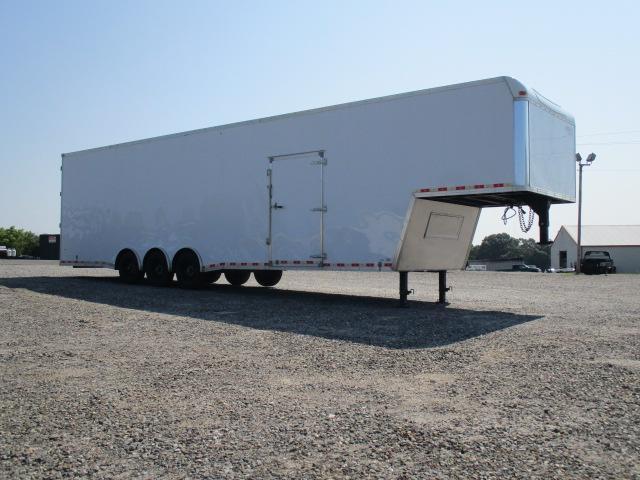 2013 United Cargo 40' Enclosed Enclosed Cargo Trailer