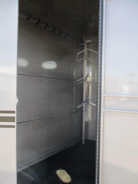 2022 Bee Trailers 3H SL Durango Horse Trailer