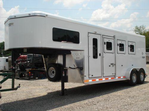 Clearance 2008 Shadow Trailers 3H SL w/Dress Horse Trailer