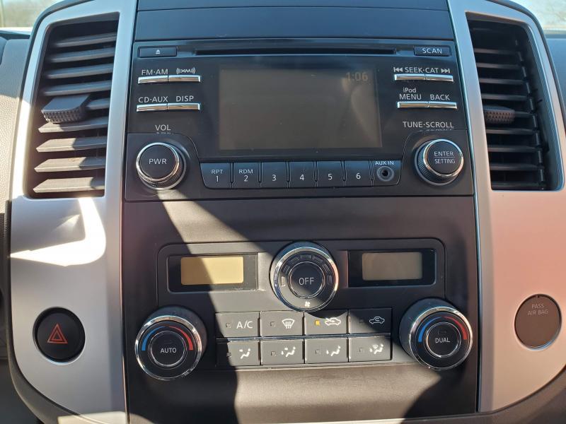 2014 Nissan Frontier 4WD Cab Cab 66k mls