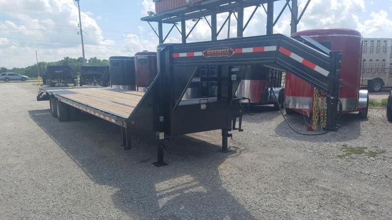 2021 Delco Trailers Maxwell GooseNeck DT Equipment Flatbed Trailer