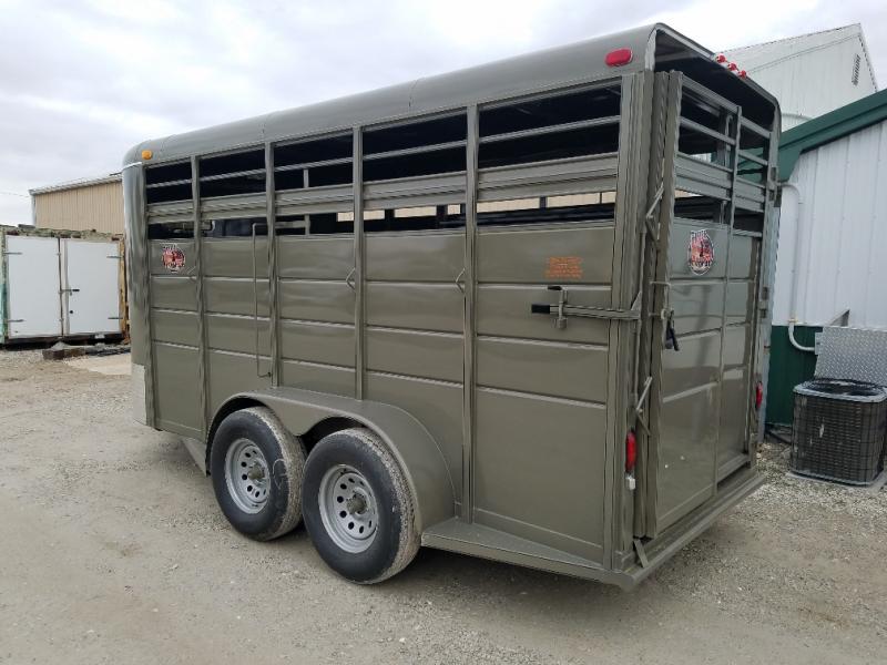2020 Maxwell BrushPopper Livestock Trailer