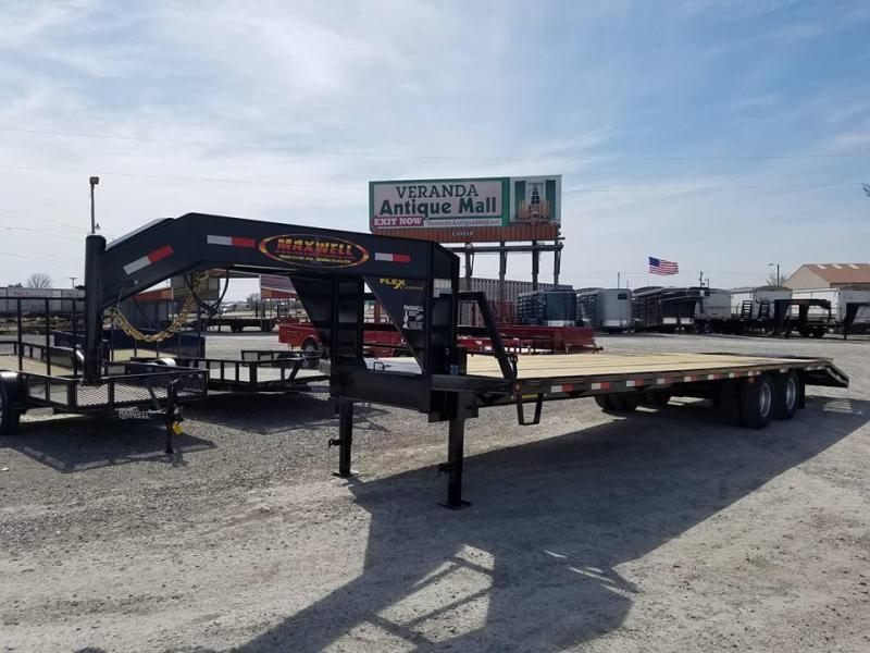DEMO Used Daily 2018 Maxwell 102 x 32 Gooseneck Tandem Dually Equipment Flatbed Trailer