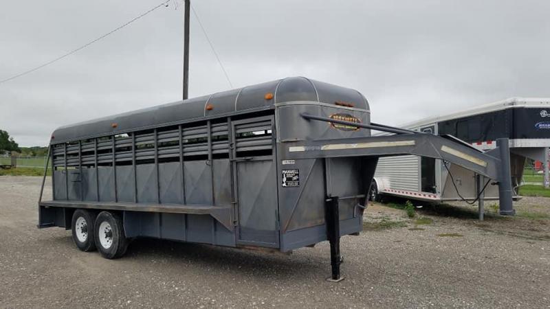 1996 Kodiak GN Livestock Livestock Trailer