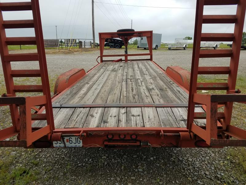2006 Maxwell Uses 83x20 flatbed LP Equipment Trailer
