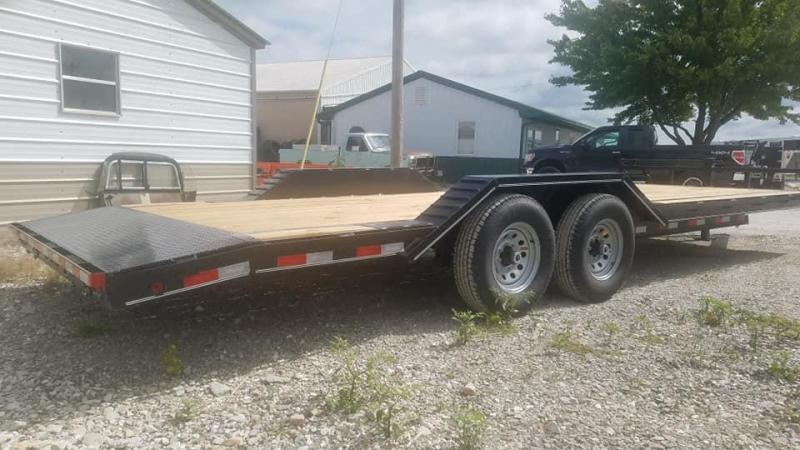 2021 Maxwell DC Bumper pull Flatbed Trailer