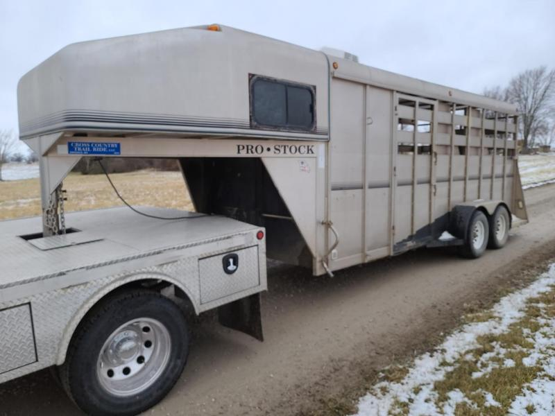 2002 Maxwell 18' three Horse Trailer**