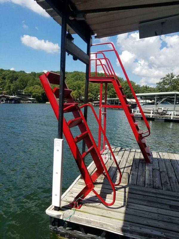 2021 DOCK LADDER JUMP PLATFORM