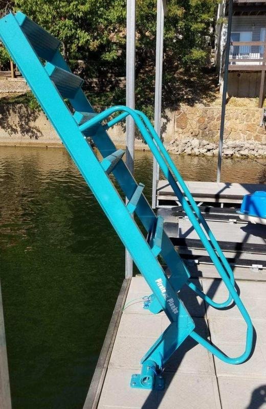 2020 Maxwell Pirate Plank Dock Ladder