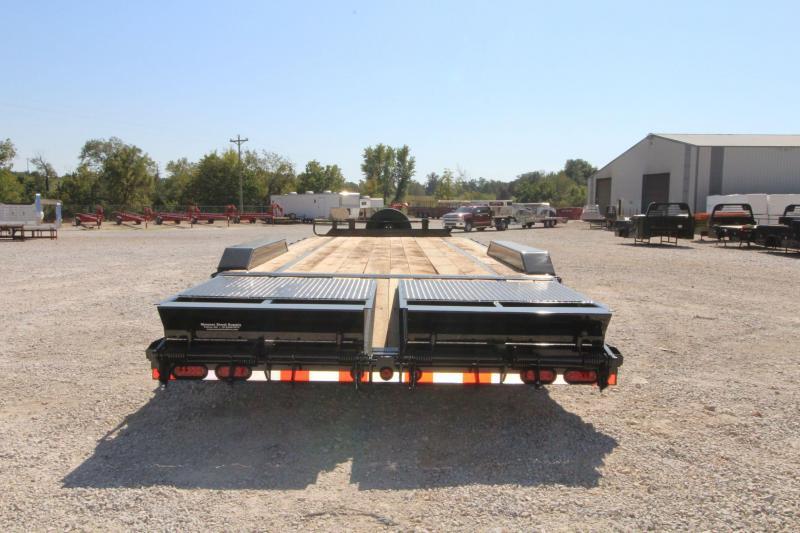 2022 Diamond T Trailers 8322SJP140-8 Equipment Trailer