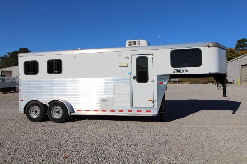 2012 Sundowner Trailers Horzion Horse Trailer