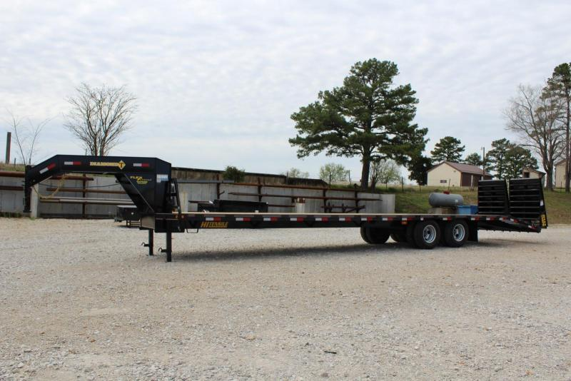 2020 Diamond T Trailers 10236DTF Flatbed Trailer