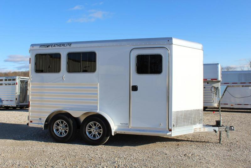 2022 Featherlite 7441 Horse Trailer
