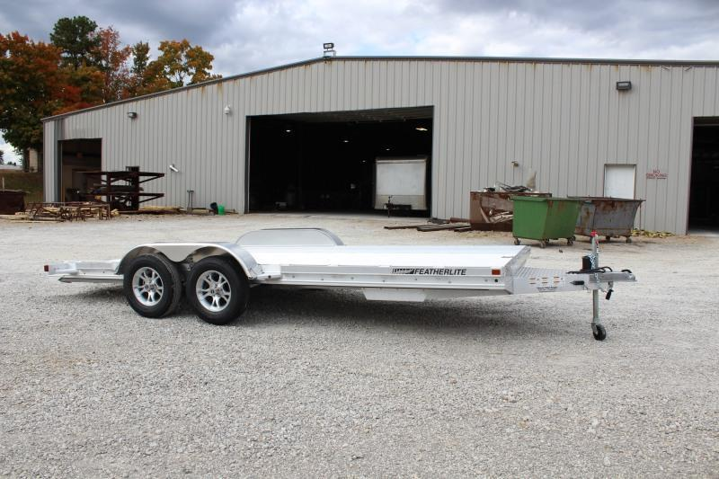 2021 Featherlite 3110-0017 Car / Racing Trailer