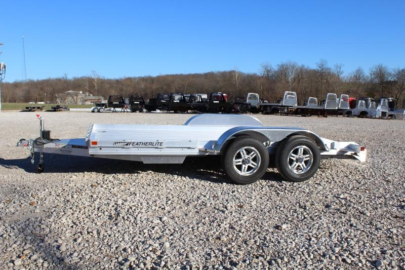 2021 Featherlite 3110-0014 Car / Racing Trailer