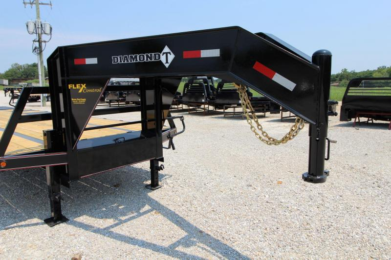 2022 Diamond T Trailers 10228DTF Flatbed Trailer