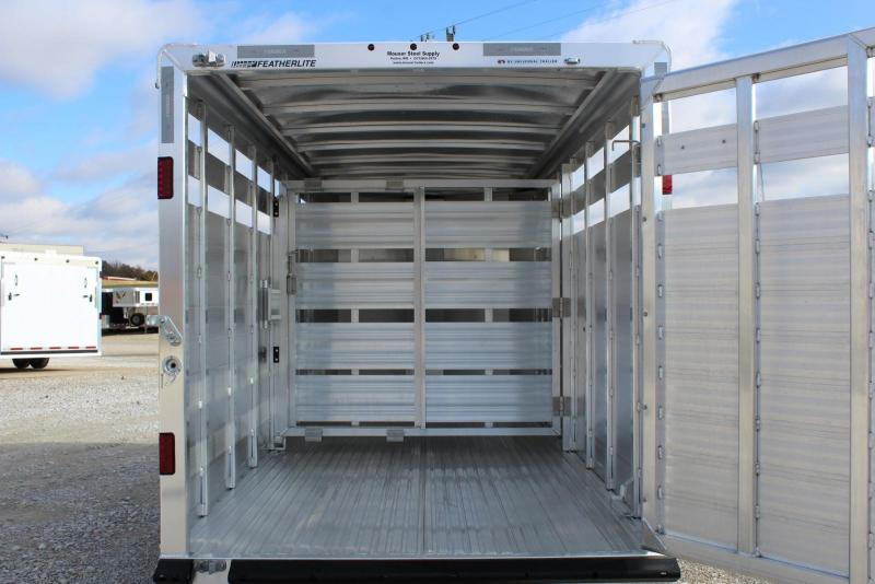 2020 Featherlite 8107-6716 Livestock Trailer