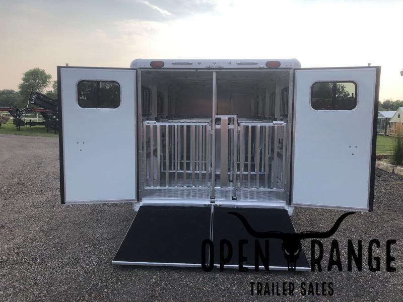 2022 Cimarron Trailers Showstar Livestock Trailer