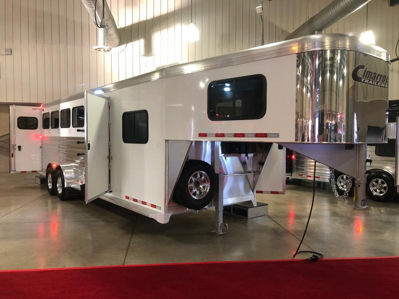 2021 Cimarron Trailers Norstar Horse Trailer