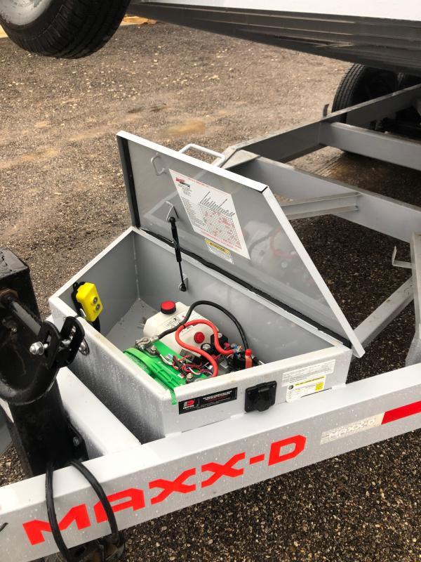 2021 MAXXD T6X Equipment Trailer