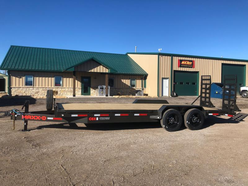 2021 MAXXD C8X Equipment Trailer