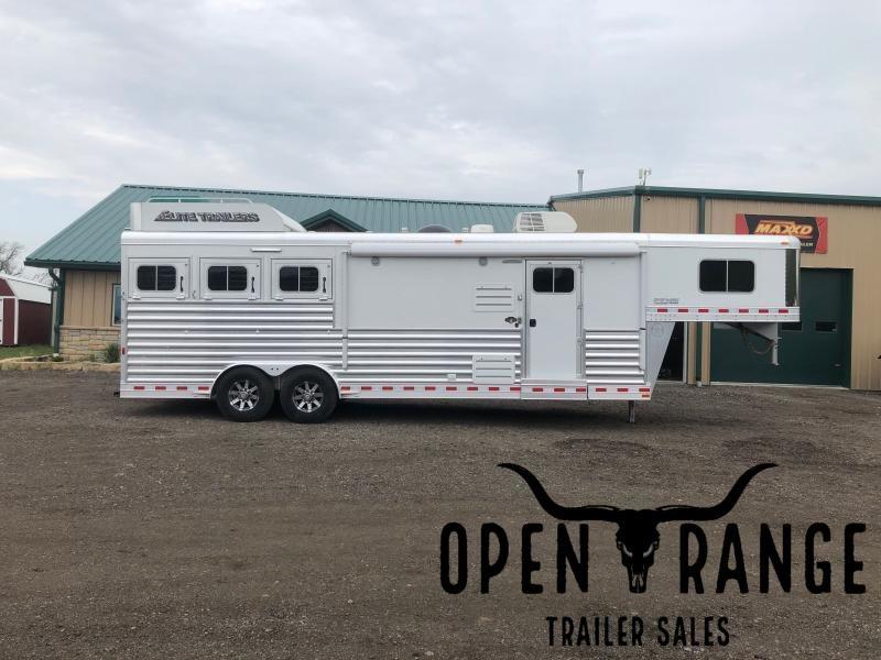 2020 Elite Trailers Mustang Horse Trailer