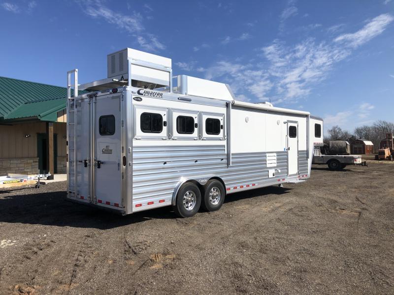 2020 Cimarron Trailers Norstar Horse Trailer