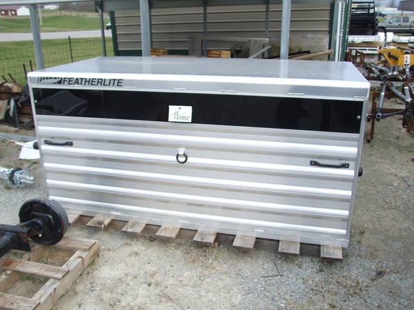 2020 Featherlite 6' Stock Box