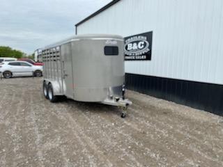 2021 Delta Manufacturing NEW 2021 16X6X6.6 COMBINATION NHORSE \ LIVESTOCK TRAILER Livestock Trailer