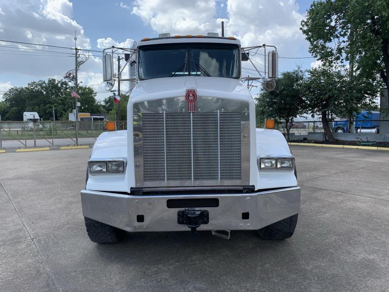 2011 Kenworth Roll-off Truck