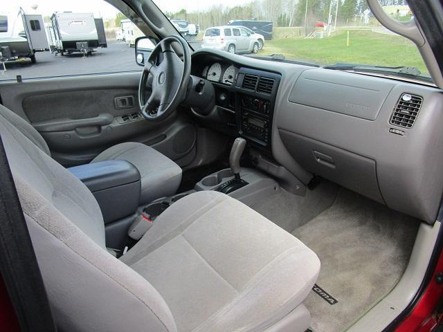 2003 Toyota Toyota Tacoma PreRunner VS Truck