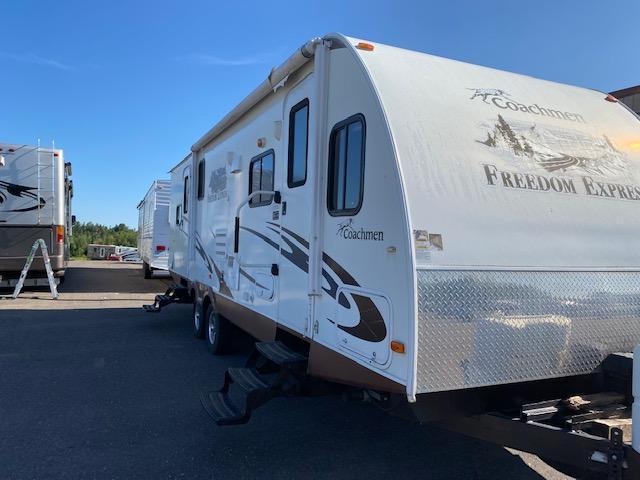 2012 Coachmen Freedom Express 270FLDS Travel Trailer RV