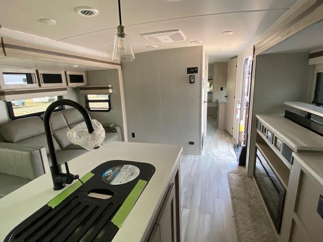 2022 Forest River Rockwood Ultra Lite 2720IK Travel Trailer RV