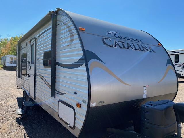 2016 Coachmen Catalina 223FB Travel Trailer RV