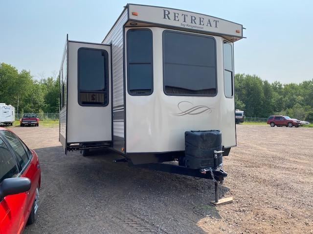 2017 Keystone RV Retreat 39LOFT Destination Trailer RV
