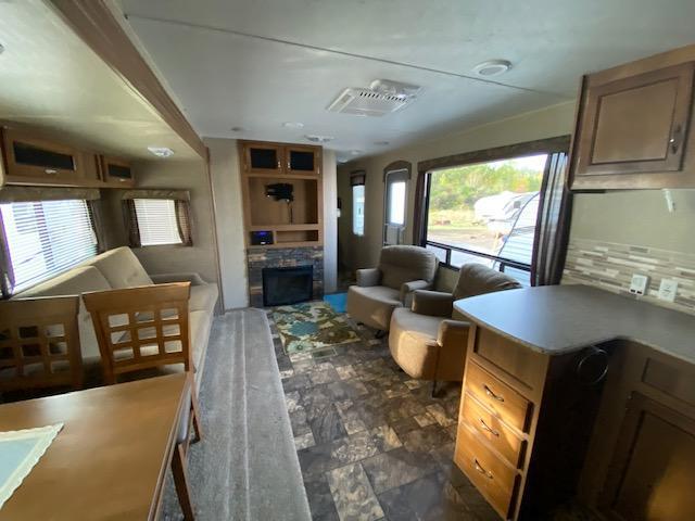 2015 Coachmen Catalina 293RKS Travel Trailer RV