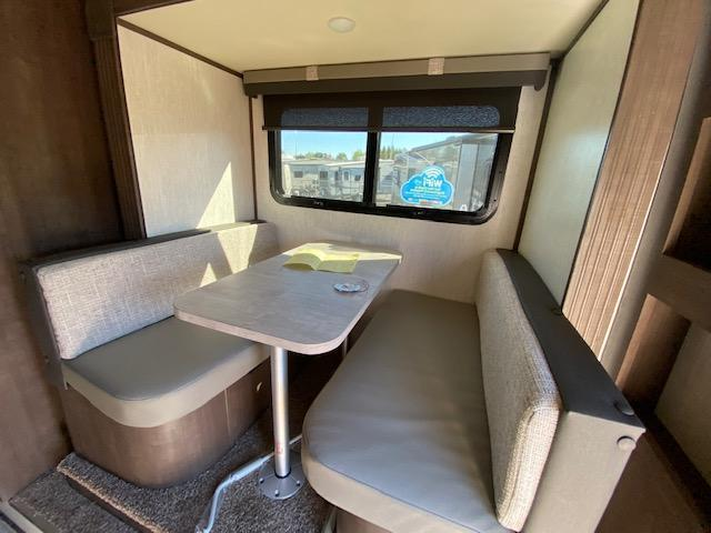 2022 Palomino Backpack HS-2902 Truck Bed Camper RV